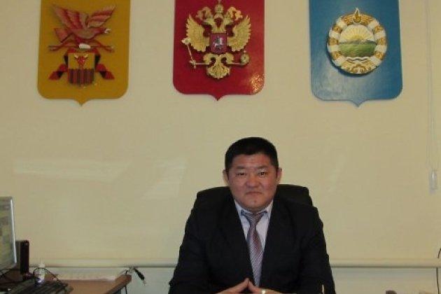 Глава Дульдурги Мунко Эрдынеев