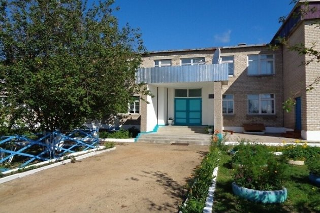 Школа в селе Новоивановка