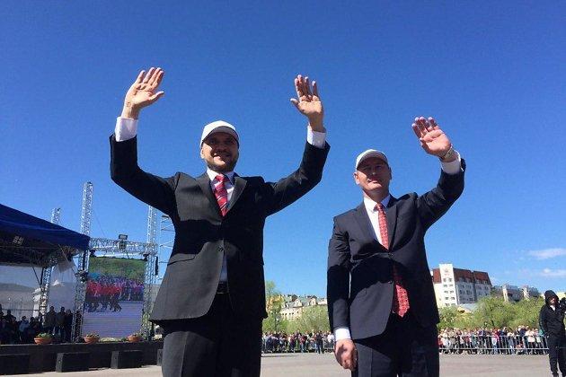 Александр Осипов (слева) и руководитель администрации Читы Александр Сапожников