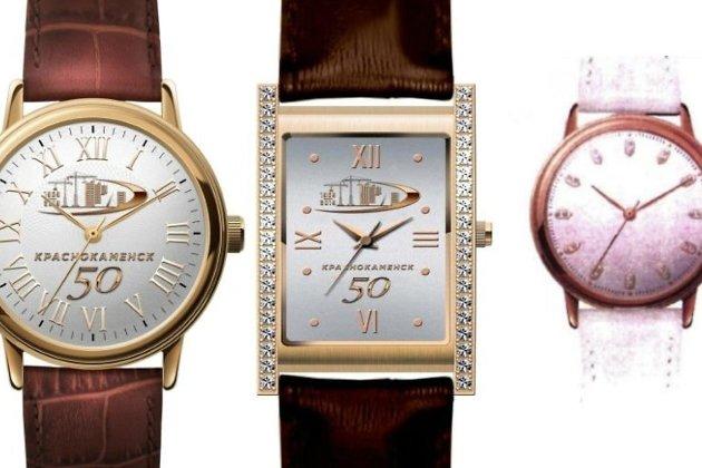 Образцы наручных часов: один вид мужских и два вида женских
