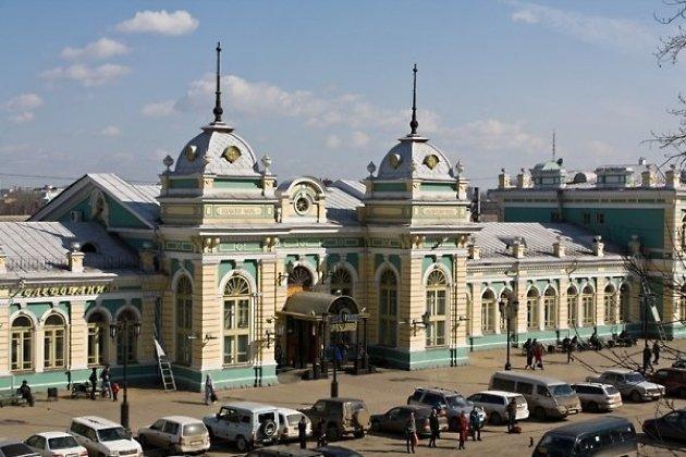 Здание вокзала Иркутск-пассажирский