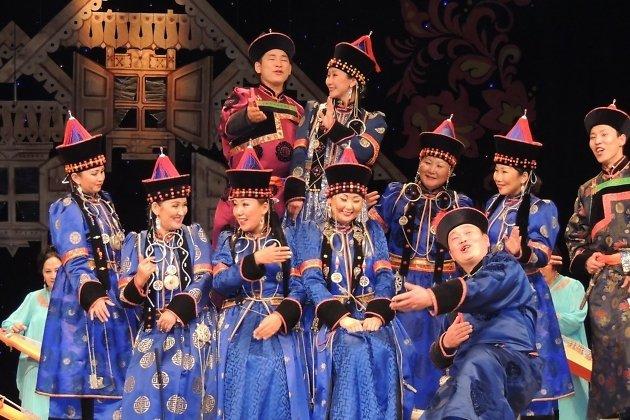 Народный фольклорный ансамбль «Этигел»
