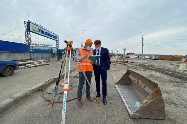Ружников - во время работ на Ушаковском мосту