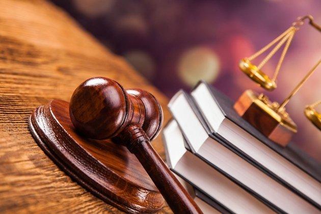 Заизбиение 3-х  граждан  Иркутска осудили бывших служащих  УФСКН