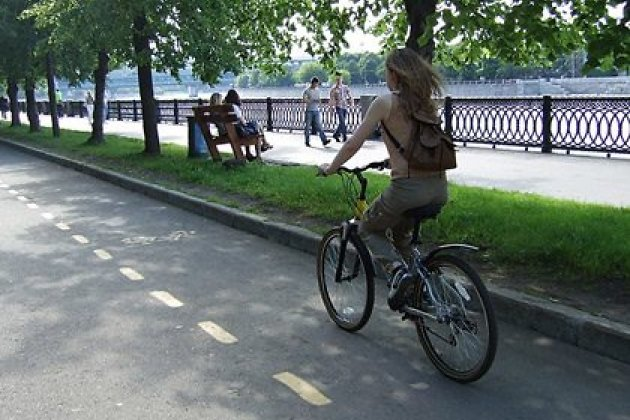 Полоса для движения велосипедов по проезжей части