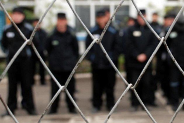 Работники читинского СИЗО пойдут под суд заизбиение осужденных
