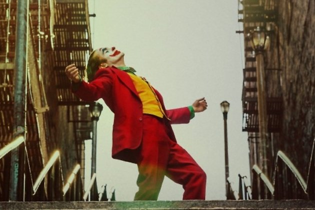 Джокер в исполнении Хоакина Феникса