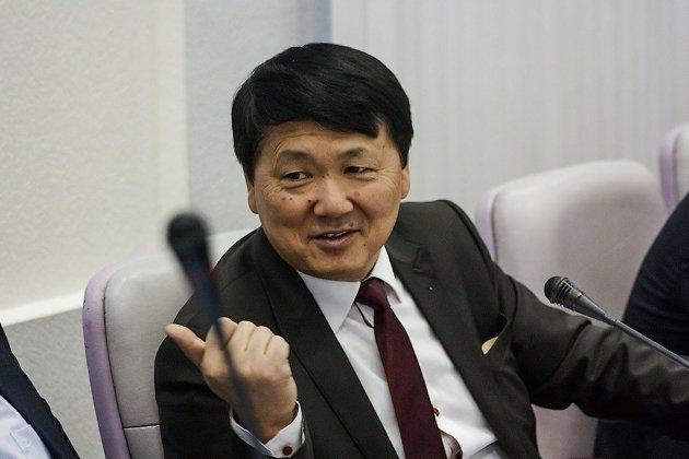Юрий Кон