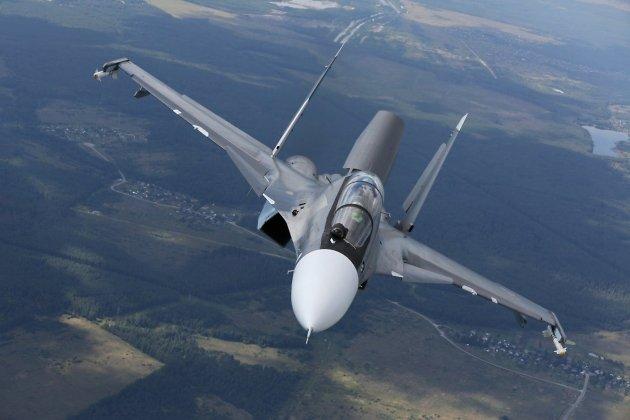 Эскадрилью истребителей обновленного поколения Су-30СМ сформируют назападеРФ