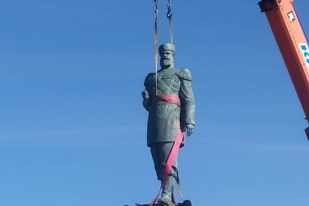 Установка памятника Александру III в Черемхово