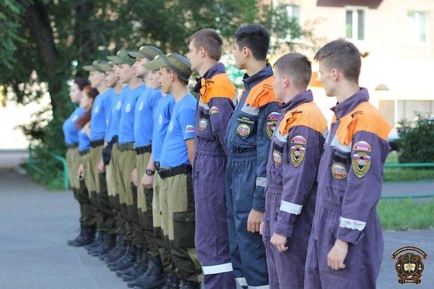Добровольческий отряд студентов-спасателей из Кемерово