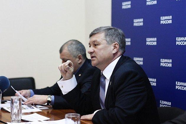 Сергей Михайлов, секретарь