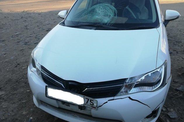 Toyota после столкновения с пешеходом