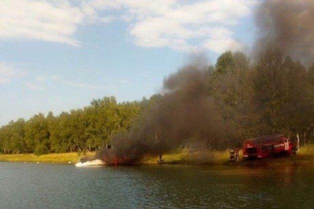 Катер сгорел наИркутском водохранилище