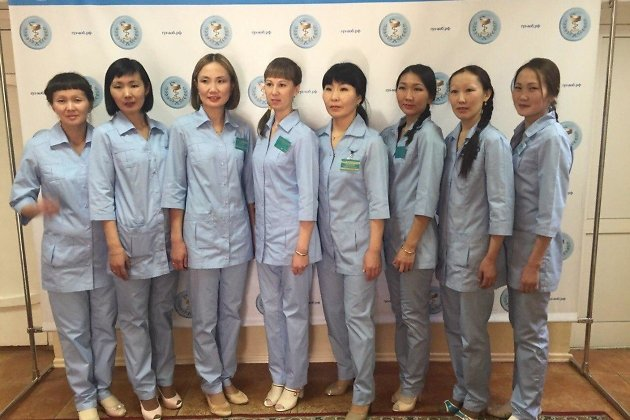 Персонал центра скорой помощи в посёлке Агинское