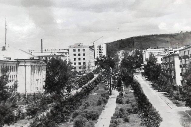 Улица Горького во второй половине 60-х.  Фотография из архива газеты «Забайкальский рабочий»