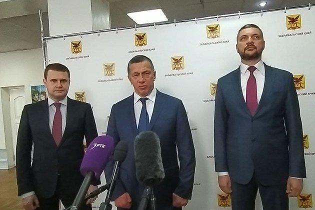 Слева направо: Алексей Чекунков, Юрий Трутнев, Александр Осипов