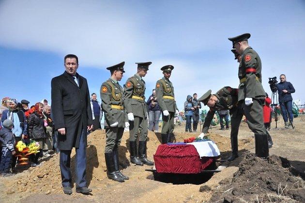 Перезахоронение праха Егора Димова