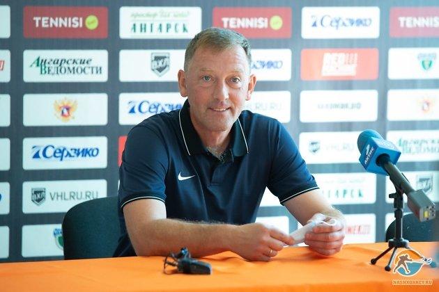 Главный тренер «Ермака» Виталий Соловьёв