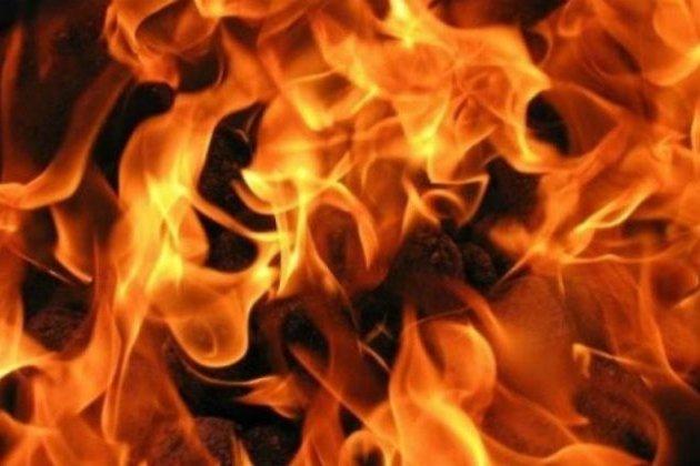 Шофёр спас чету пожилых людей изгорящего автомобиля попути наработу