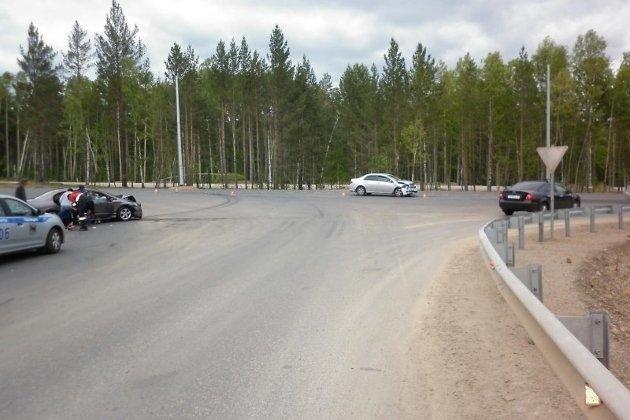 Четверо взрослых идвое детей пострадали при столкновении 2-х иномарок под Иркутском