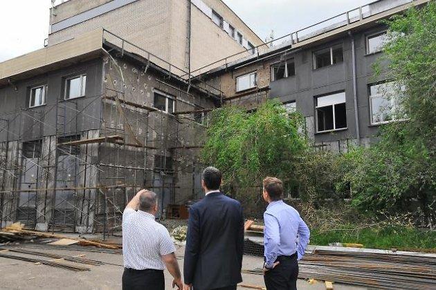 Осипов осматривает реконструкцию Драматического театра в Чите