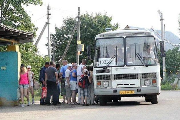 Водителей автобусов ибольшегрузов вынудят сдавать экзамены