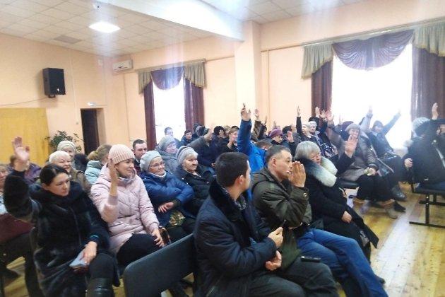 Жители голосуют за сохранение прямых выборов