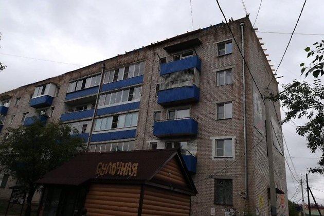 Дом на улице Ленинградская, 44, в Карымском, где затопило все квартиры