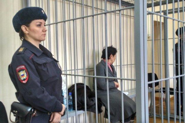 Ирина Малакшинова в зале суда
