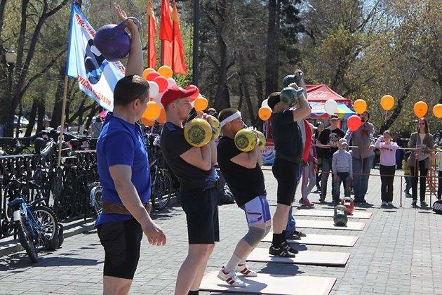 «Рекорд победы» вИркутске: 4-летний ребенок поднял гирю 117 раз