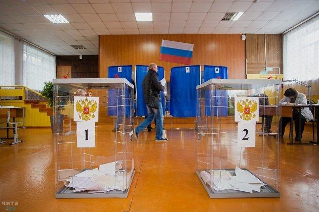 Избирательный участок в Чите на выборах губернатора 2019 года.