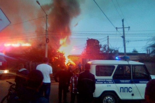 Пожар на улице Ярославского в Чите