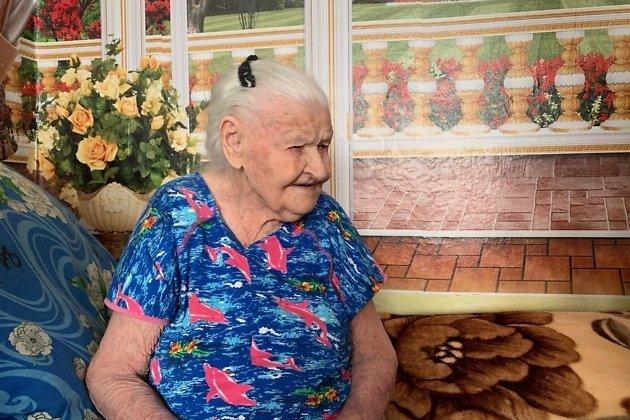 Старейший житель Черновского района Читы Вера Назарова