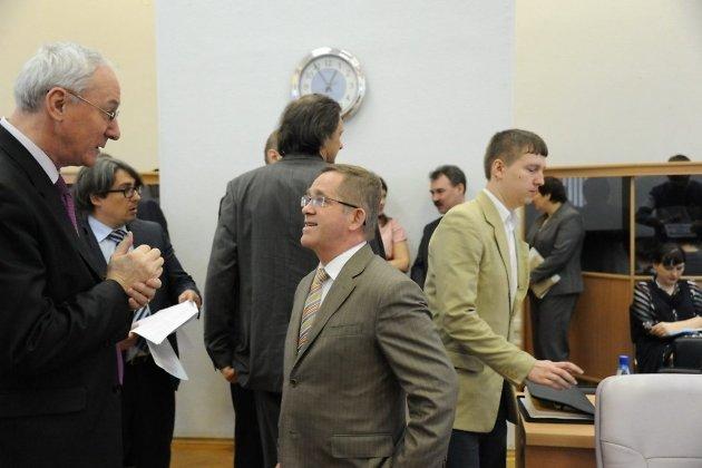Евгений Минашкин (слева)