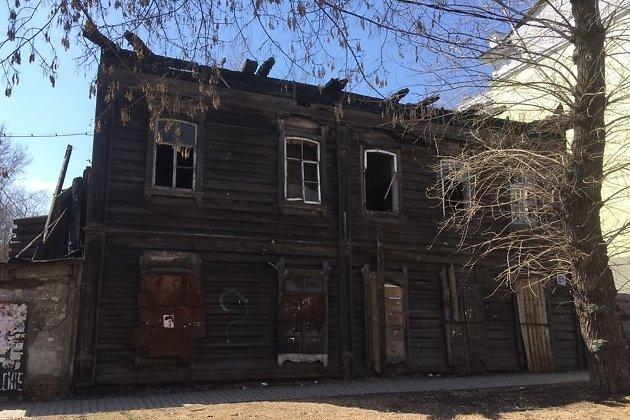 Доходный дом Кирикова на Бабушкина, 2, съёмка 17 апреля