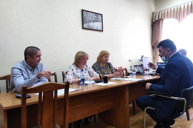 Щебеньков (на фото слева) поспорил с Яриловым про читинский транспортный коллапс в 2020 году и его вероятность в 2021-м.