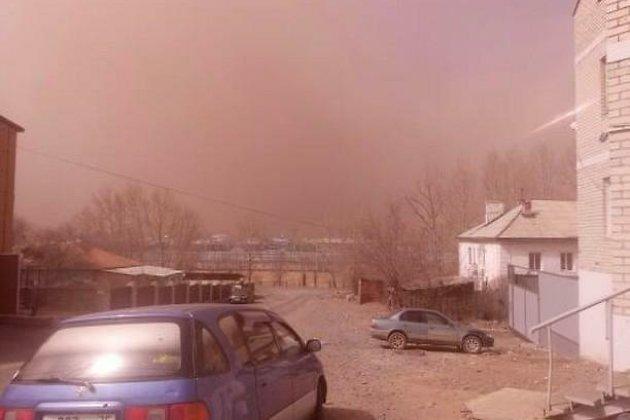 Пыльная буря в Забайкальске, 23 апреля