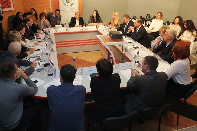 Круглый стол об услугах ФСС