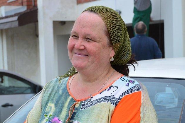 Предпринимательница изМаркова пробовала задавить судебных приставов трактором
