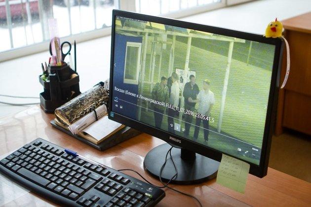 Запись с неудачливой компанией в центре хранят как один из самых показательных примеров оперативной работы. Само видео не дают, чтобы по нему не определили положение видеокамеры.