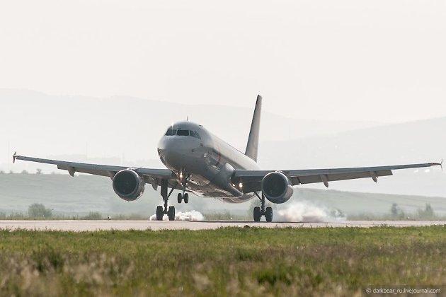 Билет на самолет чита санкт-петербург забронировать отель delphin botanik on-line