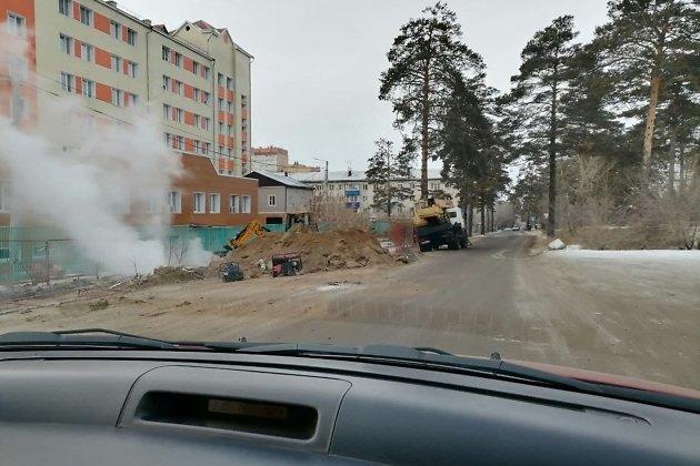 Прорыв теплотрассы в районе Ленинградской