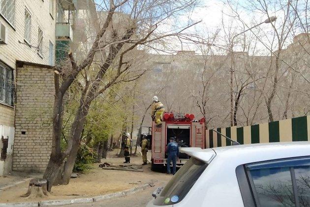 Пожарные машины и реанимация на Смоленской, 96