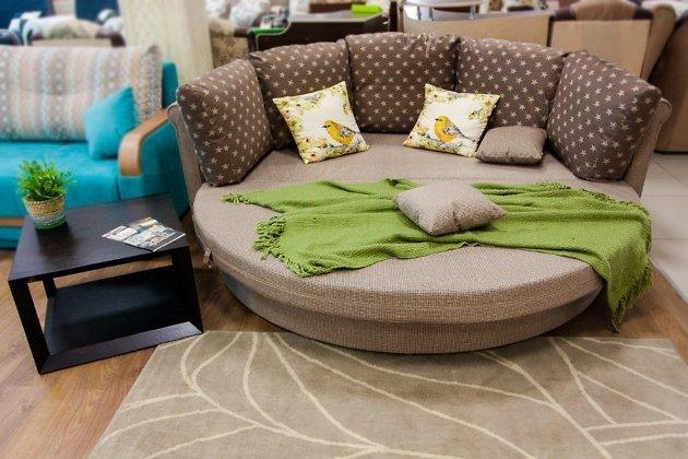 круглый диван кровать ольборг впервые появился в салоне Anderssen