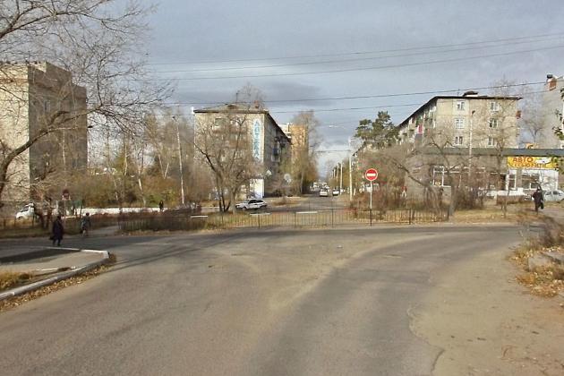 Перекрёсток улиц Угданская и Горького