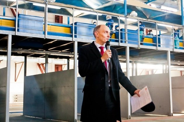 Антон Пономаренко на открытии мусоросортировочного завода. Ноябрь 2015 года