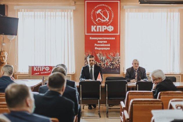 Губернатор Александр Осипов и руководитель крайкома КПРФ Юрий Гайдук