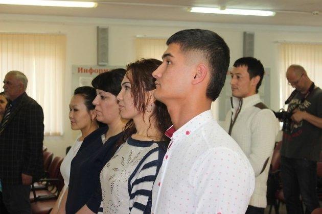 Впервый раз вМинусинске гражданство иностранке досталось через клятву