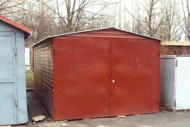 Установка металлического гаража во дворе многоквартирного дома гараж керамзитобетонные своими руками